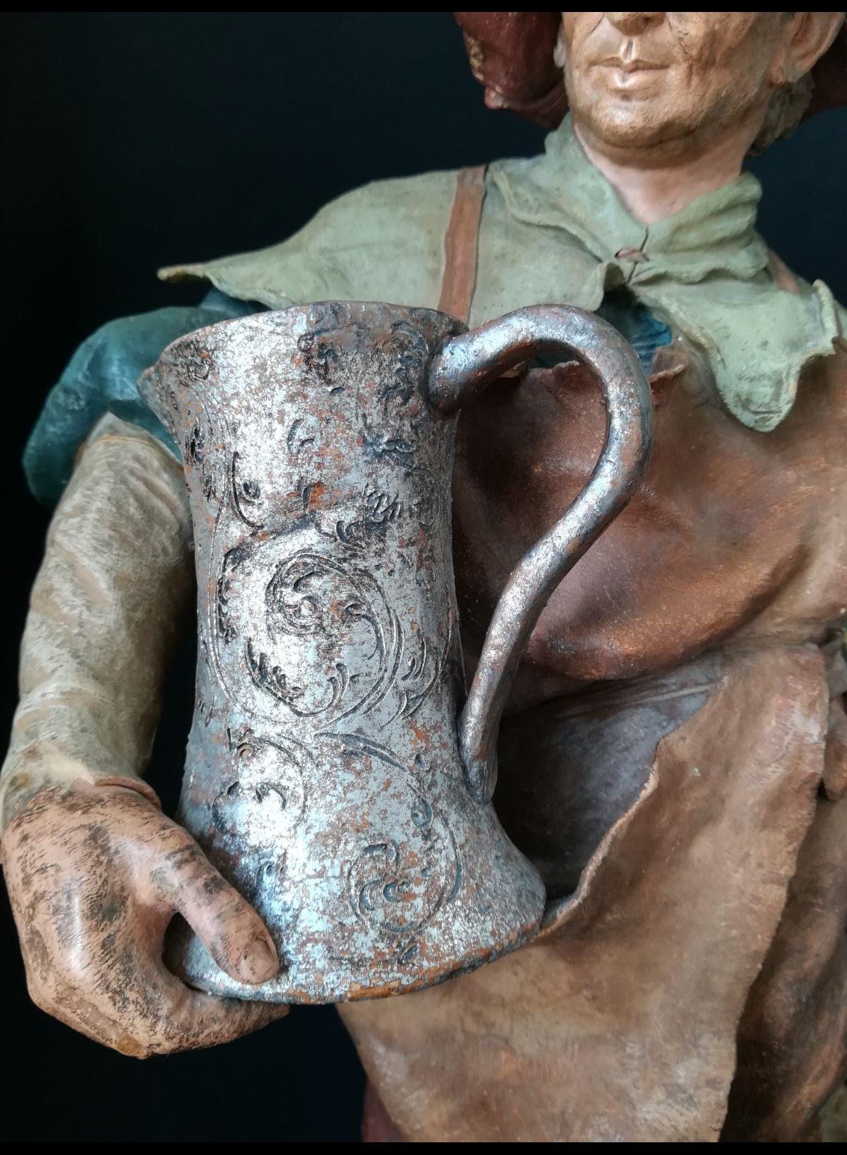 goldscheuder grès sculpture brasseur pichet anse cassée